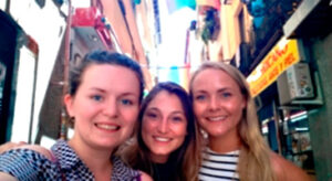 Find friends abroad